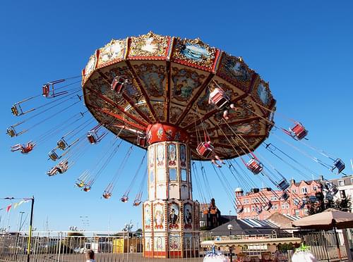 Merry-go-round (2/2)