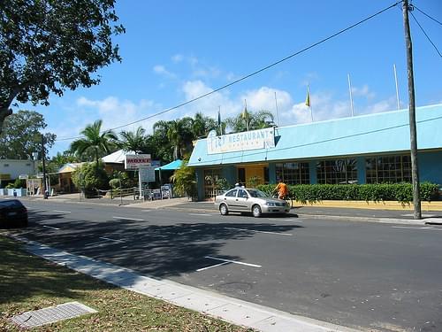 Pier Restaurant and Urangan Motor Inn October 2003