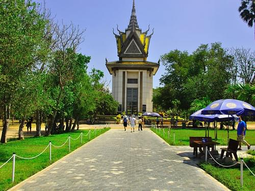 The Killing Fields and Choeung Ek Memorial
