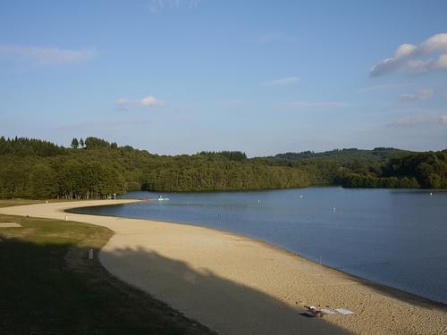 Saint Pardoux Lake