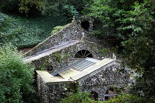 Scott's Grotto Ware