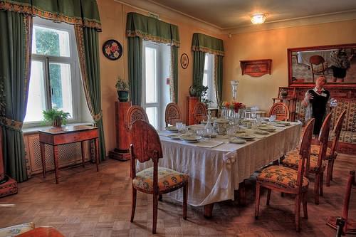 Музей-усадьба Горки. XIX век. Подмосковье
