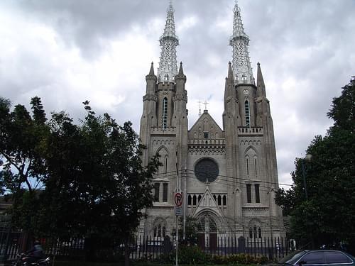 200604 catholic cathedral