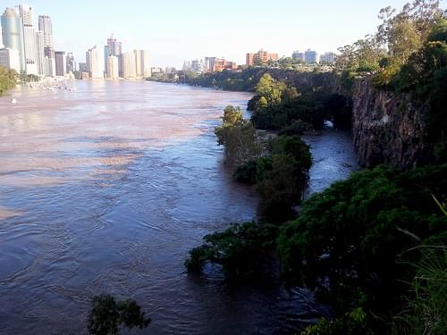 Kangaroo Point cliffs is flooded