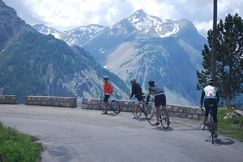 Route des Grandes Alpes - Looking down on Estenc