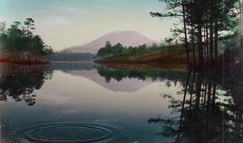 Lake of Sighs - Hồ Than Thở