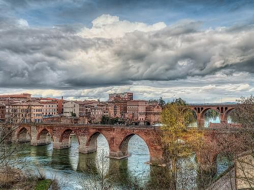 Tarn river at Albi
