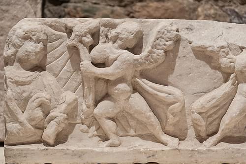 fragment de sarcophage, musée archéologique, Fréjus