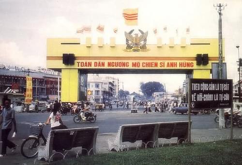 vòng xoay chợ Bến Thành