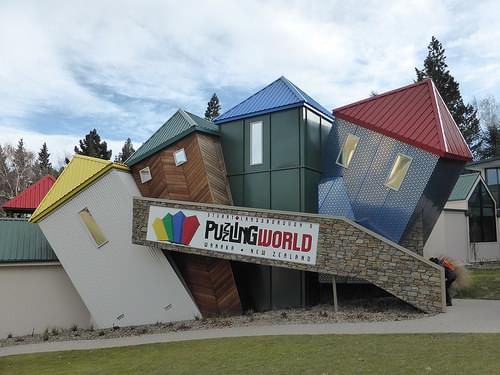 Stuart Landsborough's Puzzling World, Wanaka