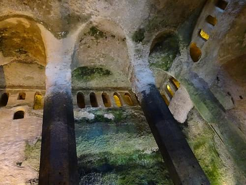 Subterranean church of St Jean d'Aubeterre (3)