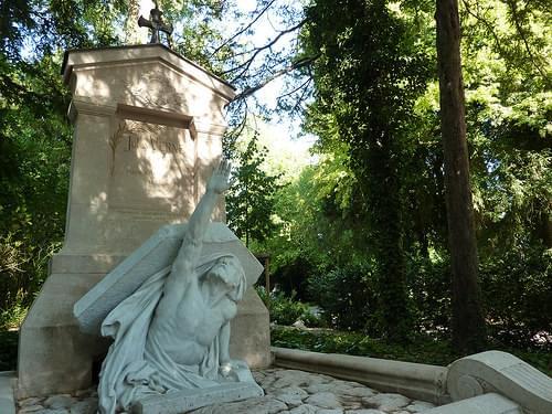 Tombe de Jules Verne