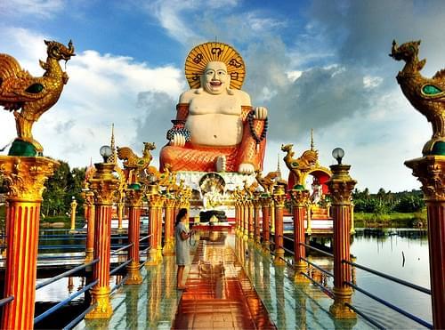 Mer at Wat Plai Laem, Ko Samui