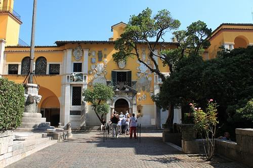 Wohnsitz des italienischen Schriftstellers Gabriele D'Annunzio _003