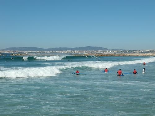 Costa da Caparica surfing