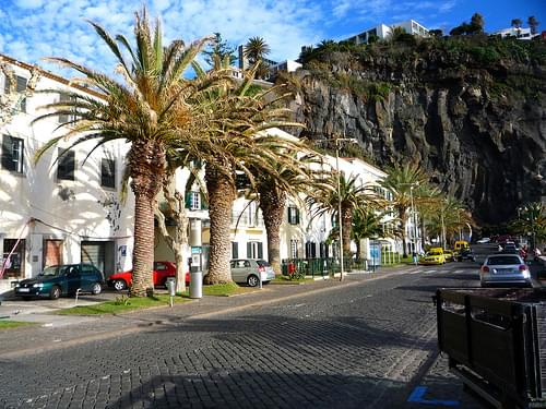 Town Center, Calheta