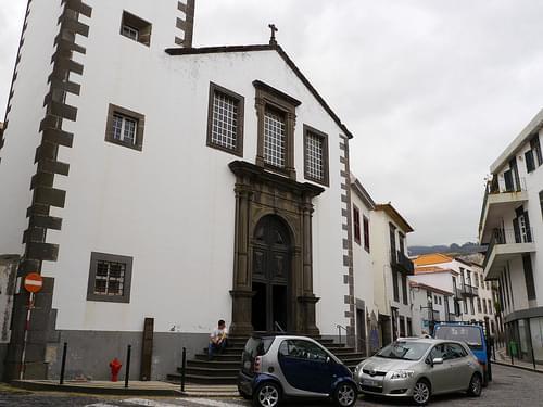 Funchal - Place de l'église de São Pedro