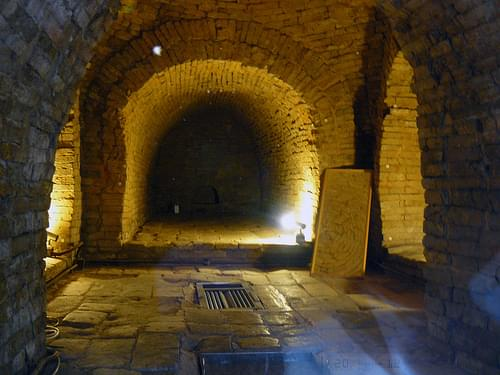 李鄭屋古墓 1800-Year Old Tomb