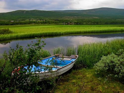 Lost boat in Dovrefjell-Sunndalsfjella National Park