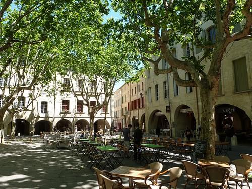 Place aux Herbes, Orange