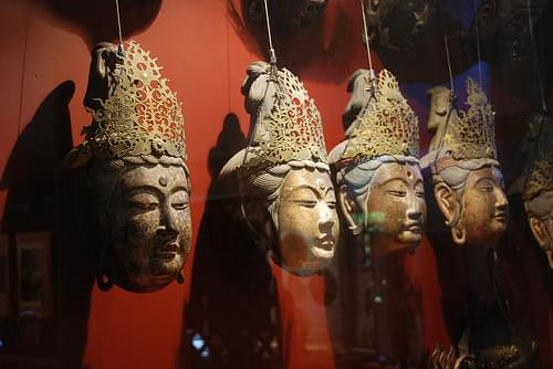 Masks in Ishite-Ji's treasure hall