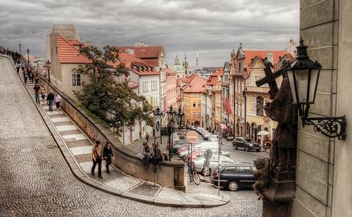 Neruda Street. Prague. Calle Neruda. Praga
