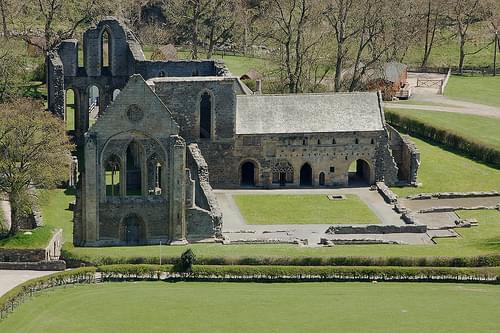 21 valle crucis abbey llangollen