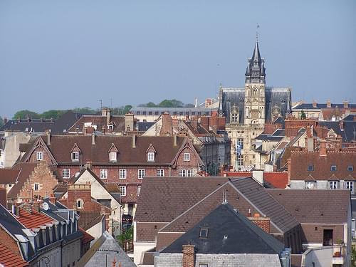 Le centre-ville de Compiègne et son hôtel de ville du XVIe siècle, de style gothique flamboyant, Oise, Picardie