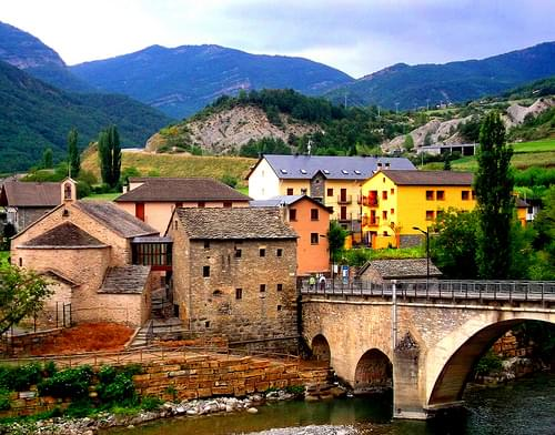 Fiscal Bridge Pyrenees #dailyshoot #Spain
