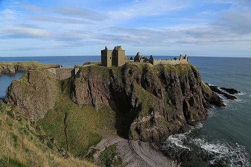 Dunnottar Castle and beach