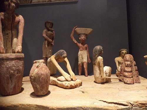 Scène de brasserie et de boulangerie, Moyen Empire (-2033 -1786). Musée Dobrée