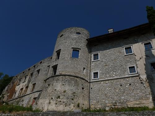 Hollow castle