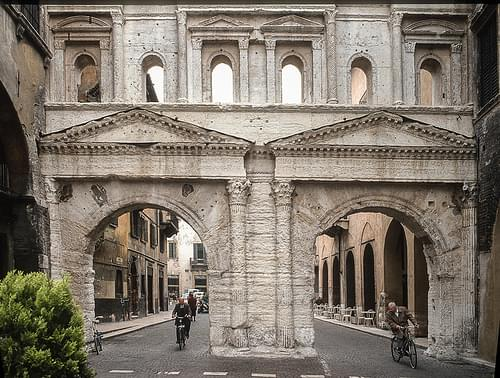 Porta Borsari, Verona