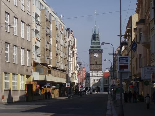 Pardubice - třída Míru (04.2007)   (2)