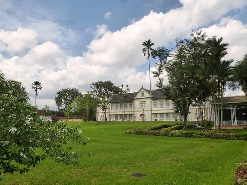 2014.11 Malaysia, Borneo, Kuching, Sarawak Museum 03