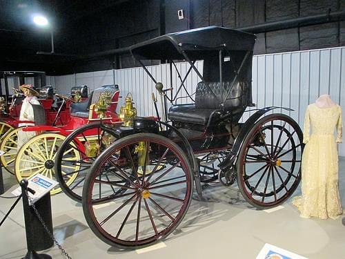 1908 Holsman 2 Passenger Runabout