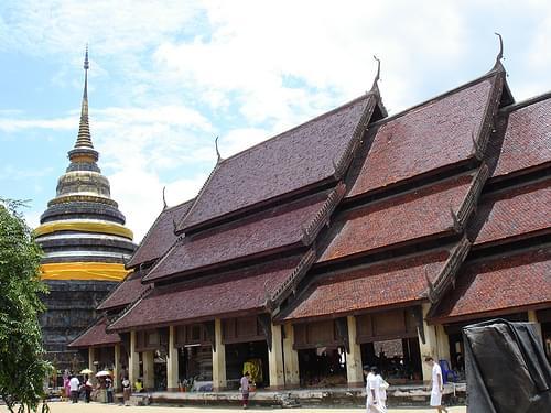 Wat Phra That Lampang Luang - 33.jpg