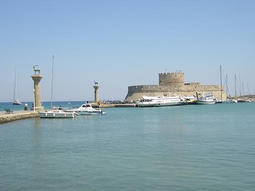 Mandraki Harbour 01