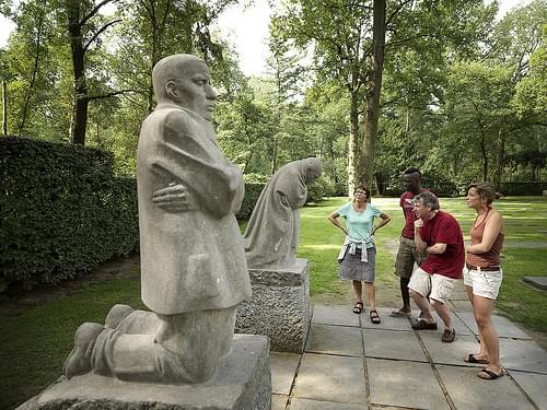Diksmuide (Vladslo) - German War Cemetery: Grieving Parents (Käthe Kollwitz)