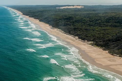 La plage de Seventy-Five Miles Beach