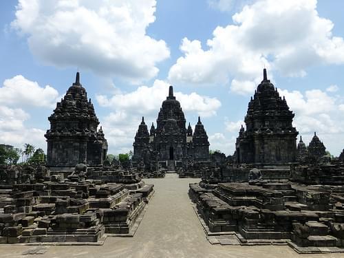 488_Prambanan_complex-Sewu_temple