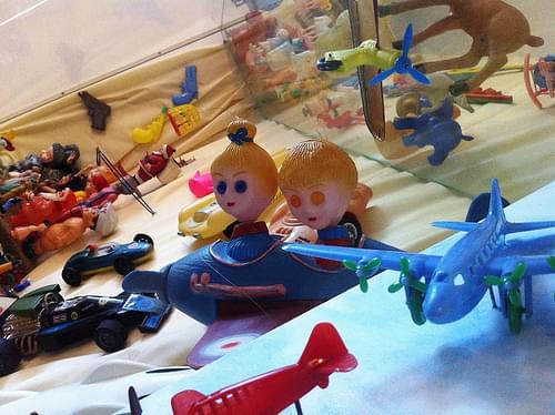 Nutty plane kids