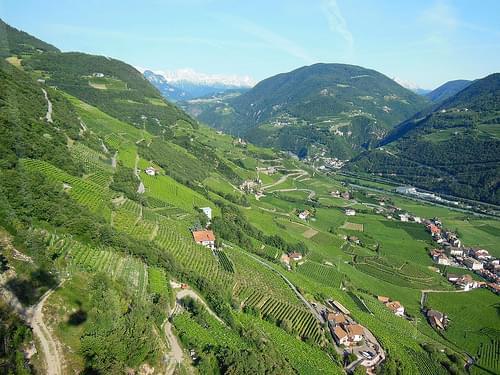 Cable car from Bozen/Bolzano to Oberbozen