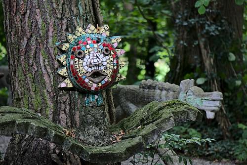 Das Gesicht im Baum
