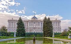 Palacio Real, Madrid.  Royal Palace, Madrid.