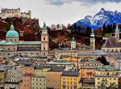Salzburg, Altstadt mit Dom und Festung