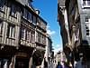 Maisons à pans de bois dans la rue de l'Apport, à Dinan, Côtes-d'Armor, Bretagne, France